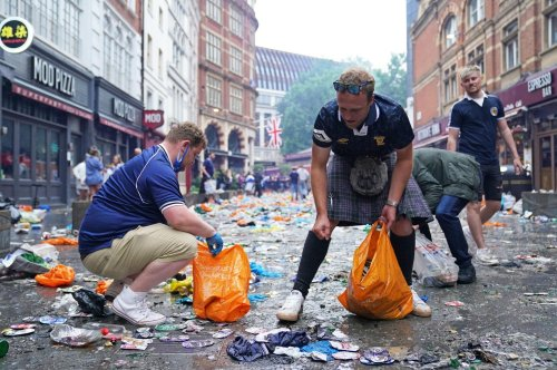 Tartan Army returns to Leicester Square to clean up after Euro 2020 party