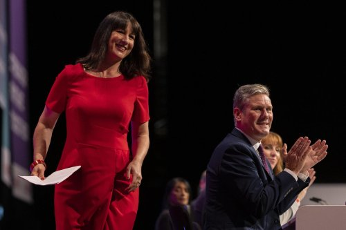 Labour conference: People should be able to ID as man or woman 'whatever body parts are', says shadow Cabinet minister amid trans rights row