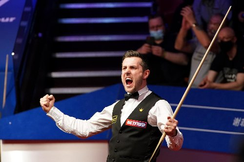Mark Selby joins Crucible greats with fourth World Championship title as he holds off Shaun Murphy fightback