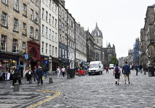 Hopes of 'staycation' boom turn to dismay as most hotel rooms are left unsold in Scotland