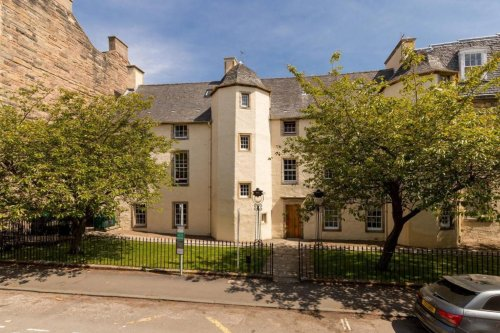 Own a little piece of the capital's history with this utterly unique 3-bedroom flat dating back 360 years