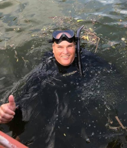 Dropped Your Wedding Ring Off the Boat? This Michigan Diver is the One to Call.