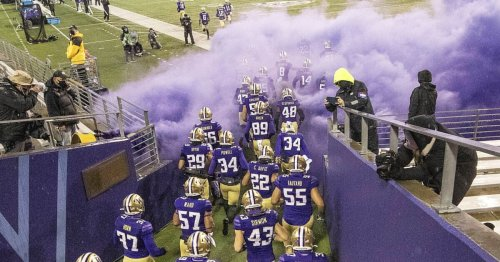 UW Huskies chosen to finish second behind rival Oregon in Pac-12 North