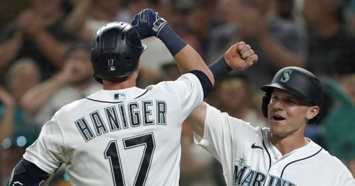 Wild pitch gives Mariners win over A's
