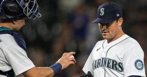 Photos: SoDo mojo runs out on a weird night of baseball
