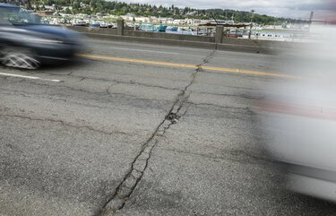 Seattle City Council favors using car-tab fee mainly for bridge repair