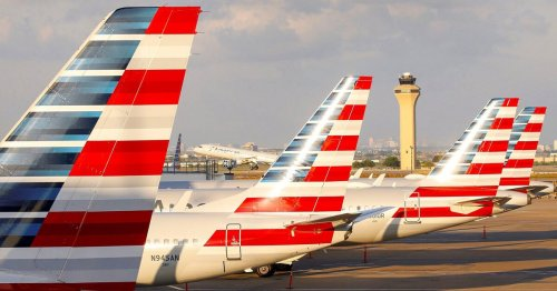 American Airlines, Southwest warn of jet fuel delivery delays