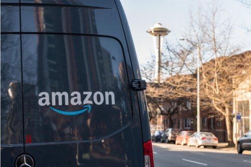 Amazon's Plateau Is A Good Time To Buy (NASDAQ:AMZN)