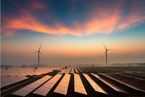 NextEra Energy: Hold This Market-Crushing Utility (NYSE:NEE)