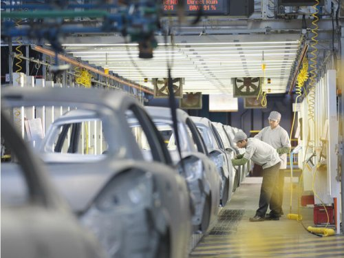 Toyota, Honda to suspend work at Asian plants