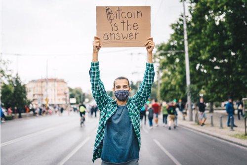 Buy Marathon Digital Stock And Get Its Bitcoin Fund For Free (NASDAQ:MARA)