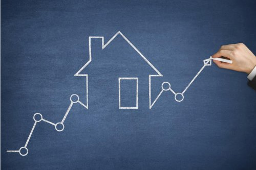 Home prices climb to record high levels, cash purchases hit 30% for first time: Redfin