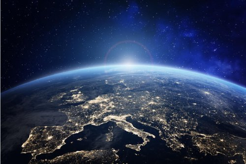 ARK Space ETF (ARKX): Cathie Wood Takes Thematic ETFs To The Moon