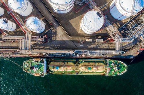 New Fortress Energy: Capitalizing On Renewables (NASDAQ:NFE)