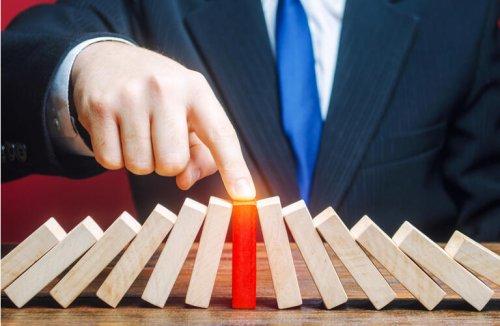 China, Hong Kong banks slip as Evergrande faces credit event — will (OTCMKTS:EGRNF)