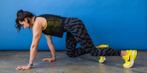 This No-Crunch Core Move Will Completely Light Up Your Abs