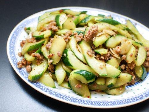 Stir-Fried Cucumbers With Spicy Ground Pork