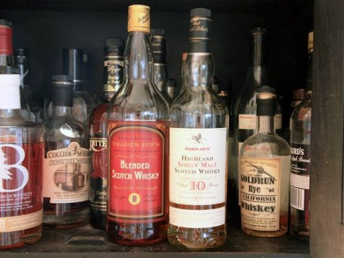 Inexpensive Scotch Whisky From Trader Joe's | Taste Test