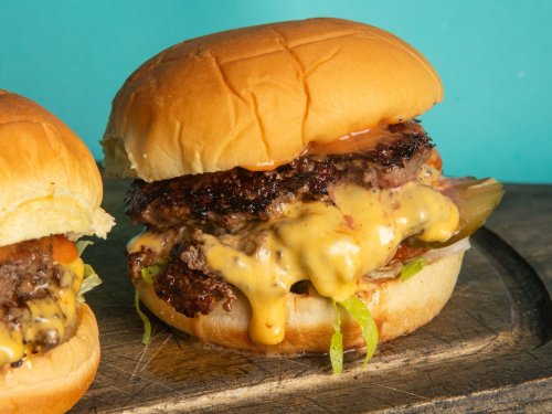 How to Make Hot Sauce Smashed Burgers