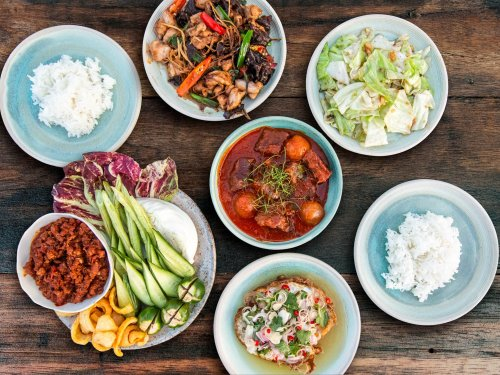 How to Order (or Cook) Thai Food for a Balanced Meal