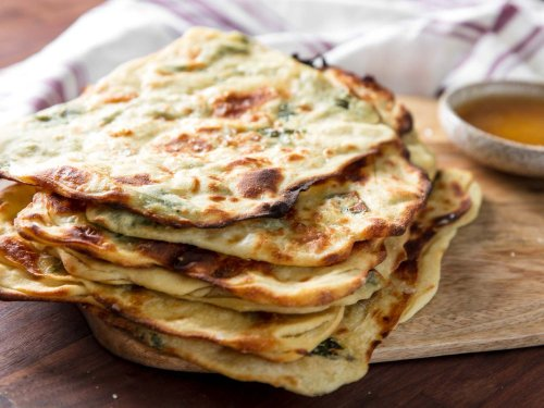 How to Make Msemen (Moroccan Flatbread) With Mint and Honey