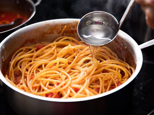 Does Adding Pasta Water Really Make a Difference?