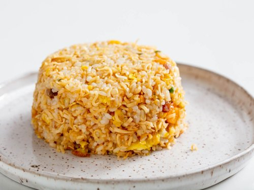 Instant Ramen Fried Rice: Perfect for Eating All Alone