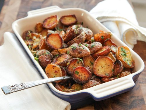 Ultra-Crispy New Potatoes With Garlic, Herbs, and Lemon Recipe