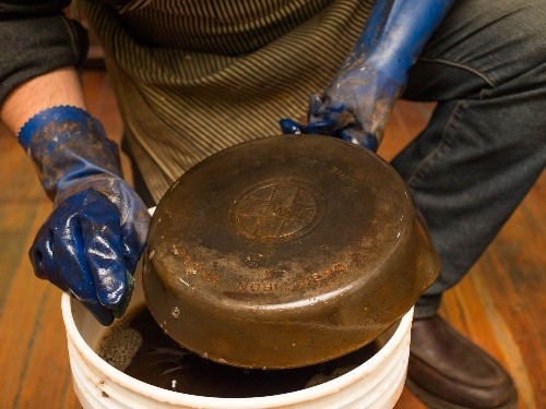 How to Restore Rusty and Damaged Cast Iron Skillets and Cookware