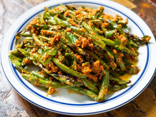 """""""Dry-Fried"""" Green Beans With Romesco Sauce Recipe"""