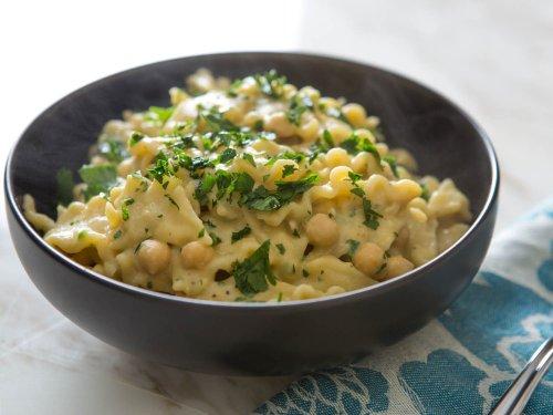 Pasta With Vegan Chickpea Sauce Recipe