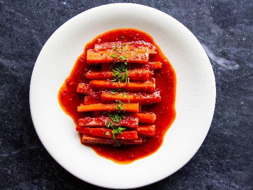 Glazed Carrots With Burnt Honey and Gochugaru Recipe