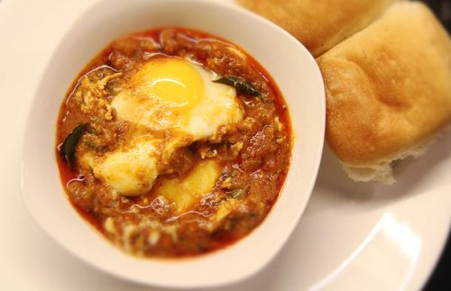 Kerala-Style Egg Gravy Recipe