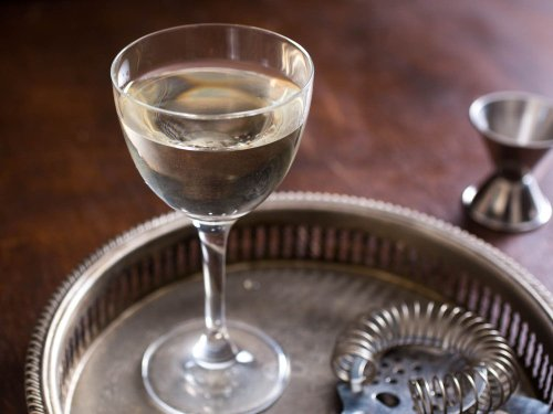 What to Make With Gin: 45 Great Cocktails
