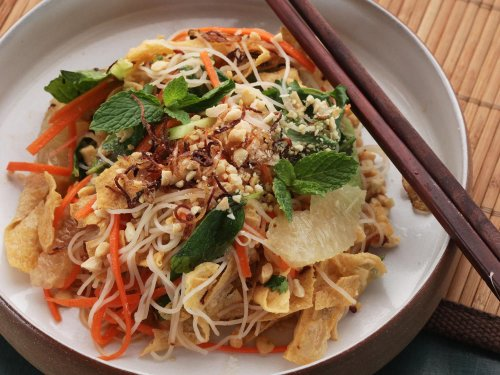 How to Make a Vietnamese Noodle Salad That Eats Like a Meal
