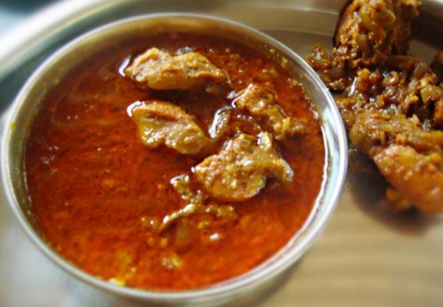 Indian Village (Gavthi) Chicken Curry Recipe