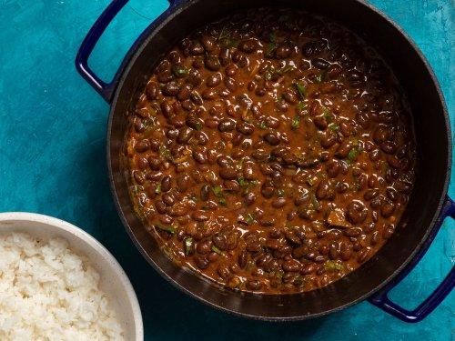 Njahi (Kenyan Black Beans) in Coconut Sauce