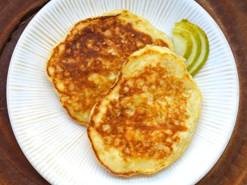 Rum and Pear Pancakes Recipe