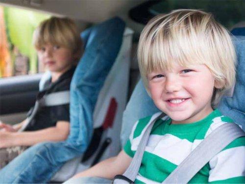 Nuevas normas para viajar con los niños en el coche