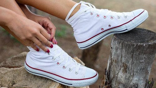 How To Clean Your Converse Make Them Look Brand New Instantly