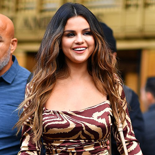 Selena Gomez Is Completely Unrecognizable Now–What Happened?!