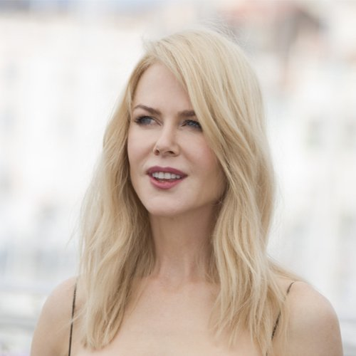 Nicole Kidman Looks Completely Unrecognizable Now–How Is This The Same Person?!