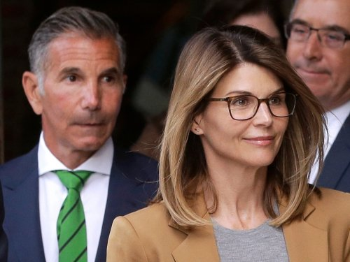 Lori Loughlin & Mossimo Giannulli Are Already Planning Their Next Vacation — But They Need Permission First