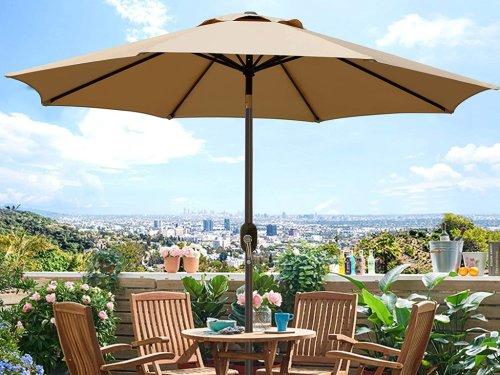 Chic Patio Umbrellas That'll Turn Your Backyard Into a Resort