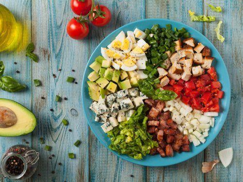 Rachel Ray Just Shared a Summer Dinner Salad Recipe That Uses Our Favorite Storebought Shortcut