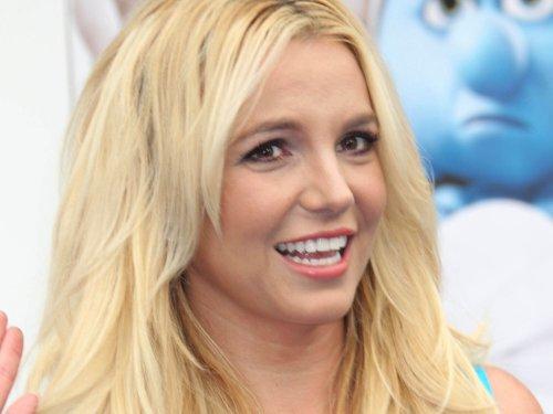 Britney Spears' Sexy, Topless Selfie Has Us Speechless