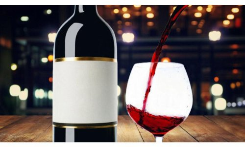 A Complete Guide On How To Remove Wine Bottle Labels Intact