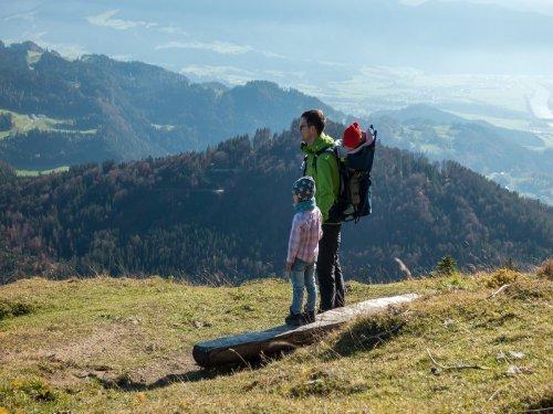 Nachhaltigkeit beim Wandern mit Kindern – 4 einfache Tipps, um umweltb