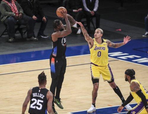 Julius Randle powers Knicks over Lakers