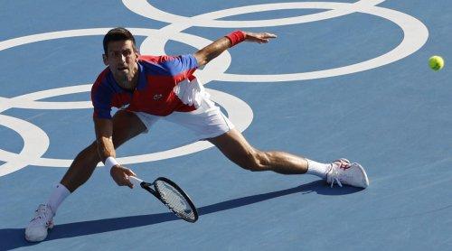 Djokovic Dominates Nishikori, Reaches Medal Rounds at Tokyo Olympics